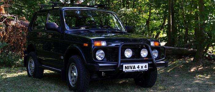 Lada Niva 1 7i Vs Suzuki Jimny 1 3 4wd Automaniac