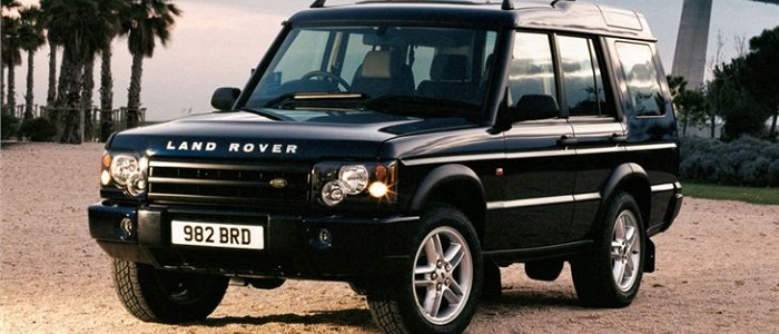 land rover discovery 2 5 td5 vs jeep grand cherokee 2 7 crd automaniac. Black Bedroom Furniture Sets. Home Design Ideas