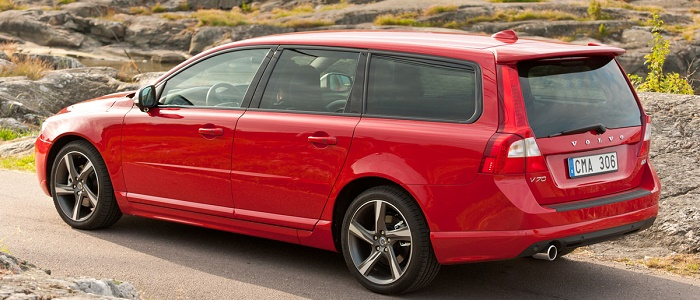 volvo xc70 vs bmw touring