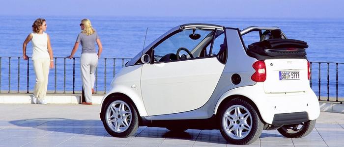 ford ka streetka 1 6 vs smart fortwo cabrio 75 brabus automaniac. Black Bedroom Furniture Sets. Home Design Ideas