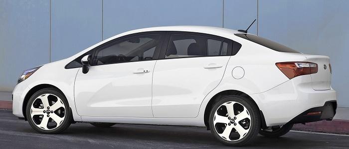 Kia Rio Sport Sedan 14 Cvvt Vs Chevrolet Aveo 14 16v Automaniac